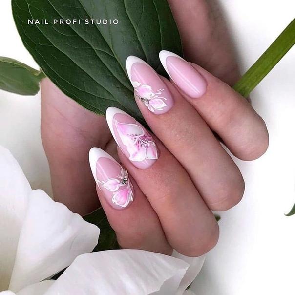 нежен френски в розово и бяло