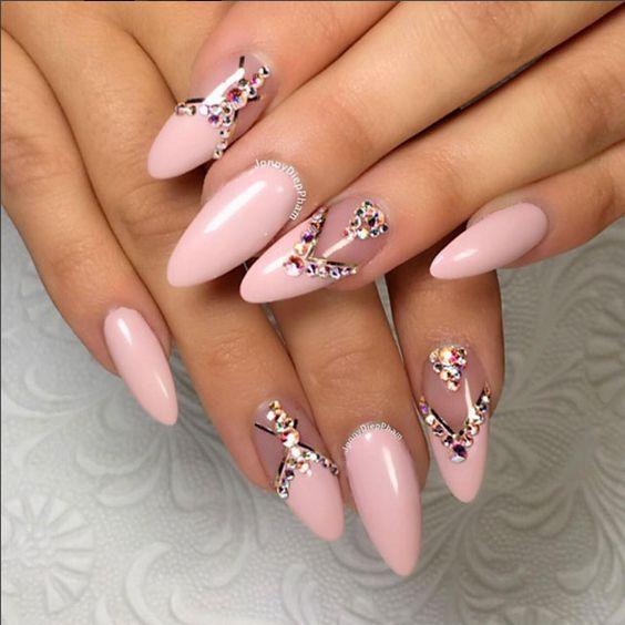 розов френч с кристали