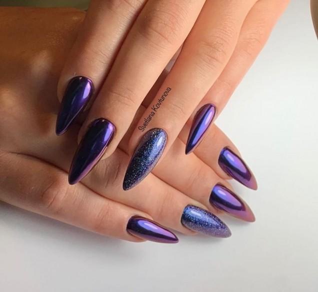 лилав маникюр остри нокти
