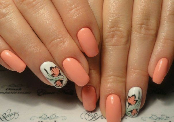 праскова на къси нокти