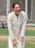 Кейт се забавлява на крикет
