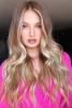 руса дълга коса