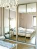 огледални врати за оптично увеличение на стаята