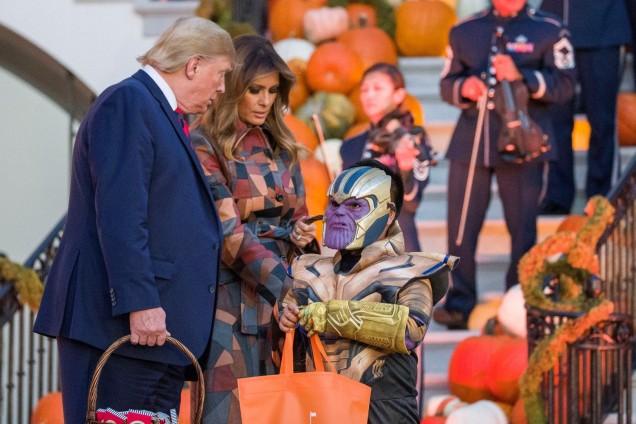сем.Тръмп раздаде лакомства за Хелоуин