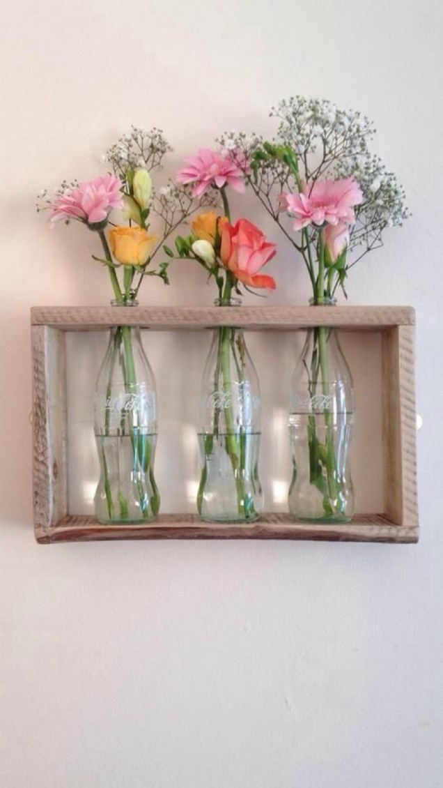 оригинални вази от стъклени бутилки