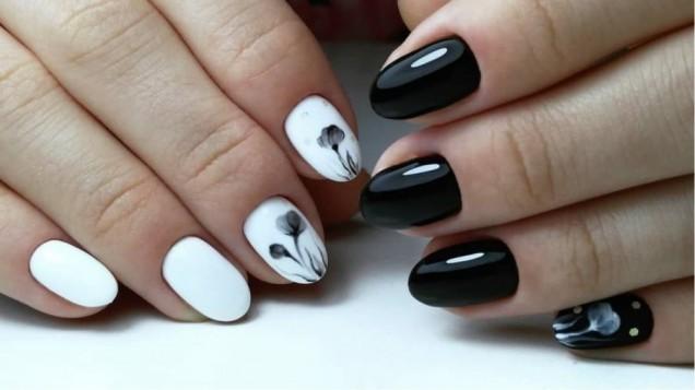 маникюр черно-бял