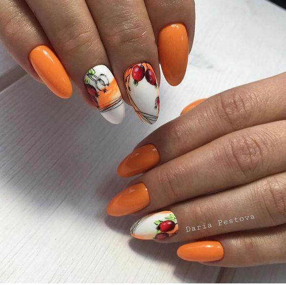 оранжев маникюр есенни мотиви
