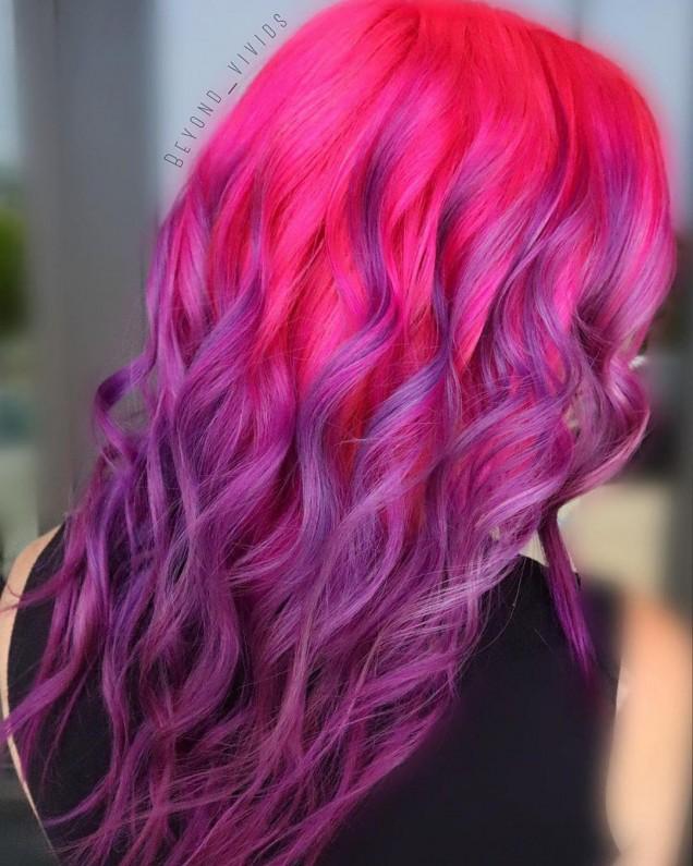 Модерен лилав цвят за коса