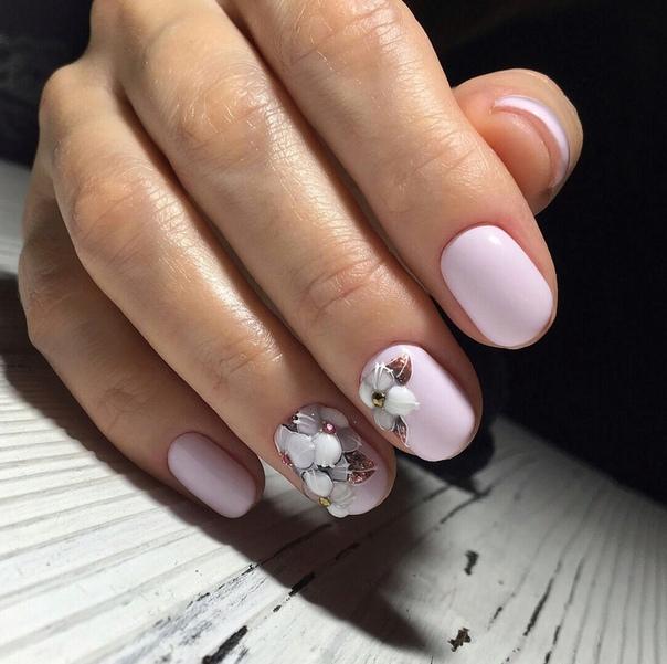 маникюр къси нокти с релефни рисунки