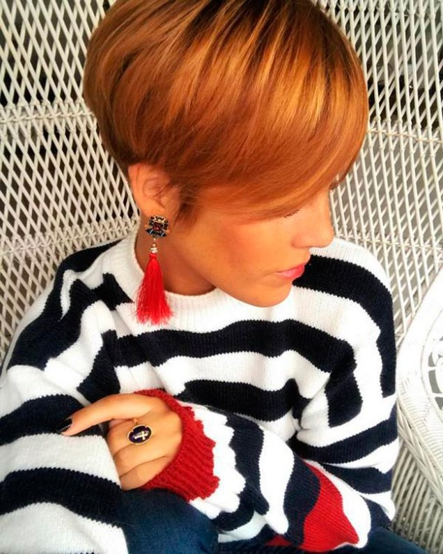 червена къса коса
