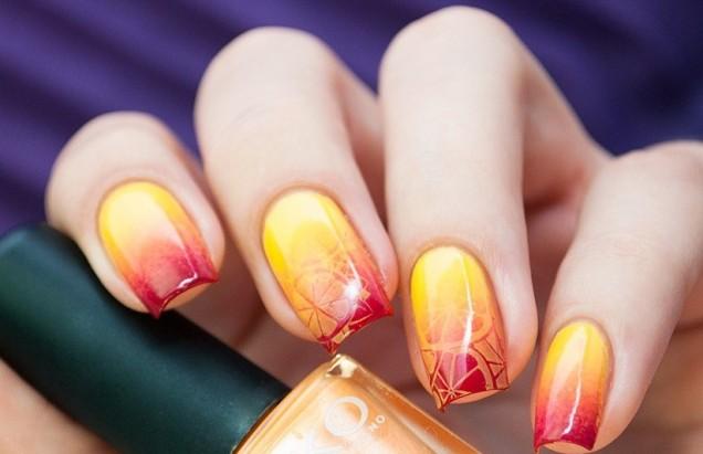 омбре в жълто и червено къси нокти