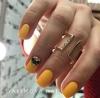 жълт маникюр за къси нокти
