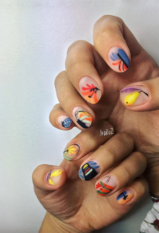 минималистичен стил на ноктите