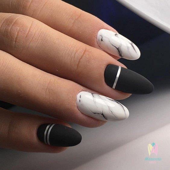 мраморен маникюр черно и бяло