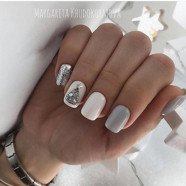 маникюр с елхичка сребро