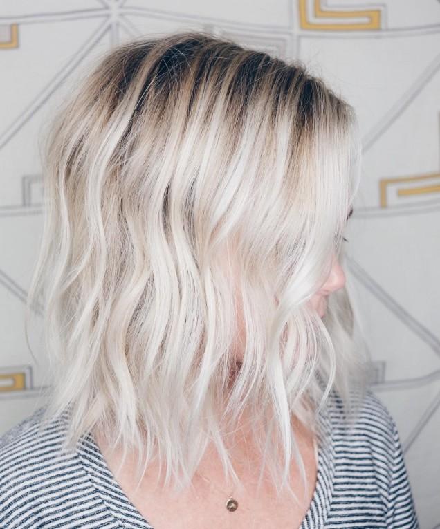 прическа тънка коса