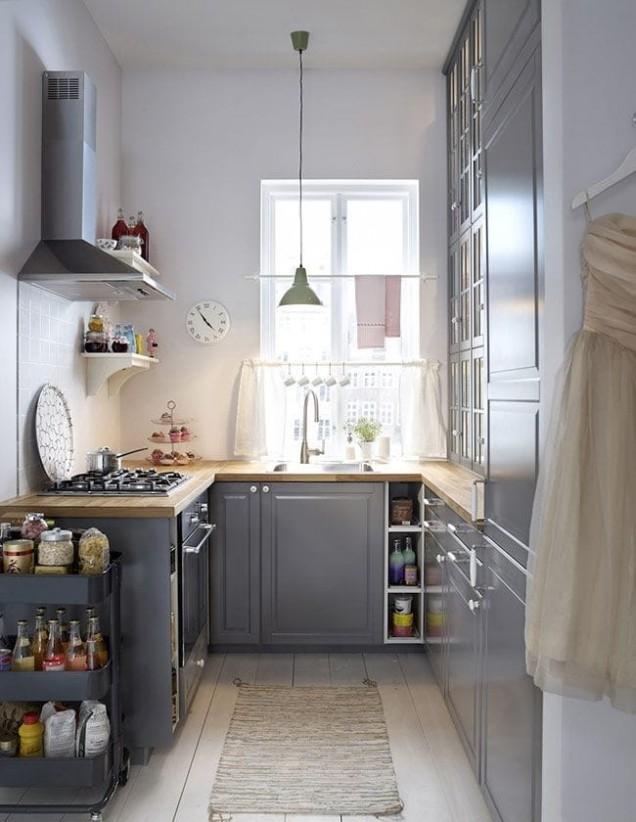 малка кухня в сиво