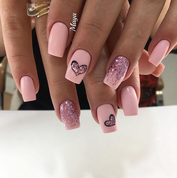 декорация на нокти цветя