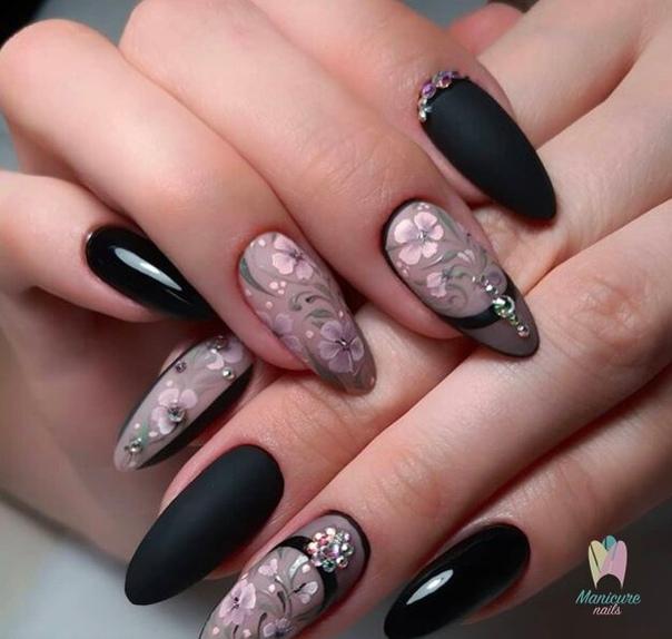 изящен маникюр черно и розово