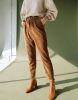 Задължителните панталони на сезона - престъпление е да ги пропуснете. Женствени, секси и много удобни: