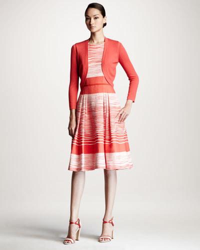 Стилна рокля със сако