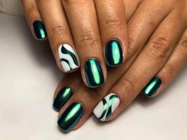зелен металик