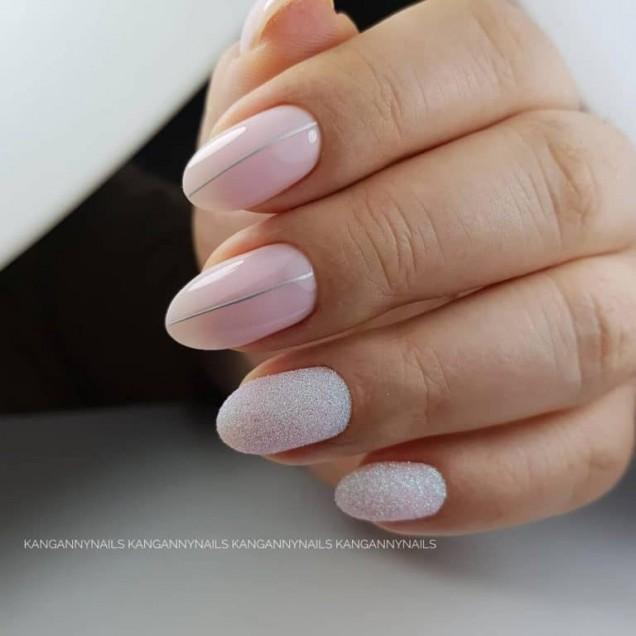 къси овални нокти