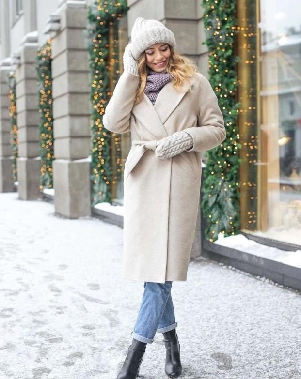 елегантно бяло палто