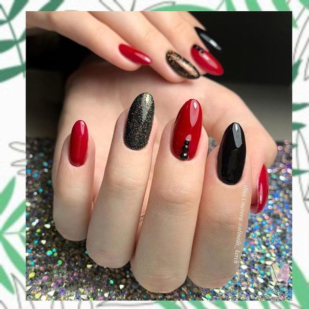 празничен маникюр червено и черно