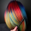 коса в цветовете на дъгата