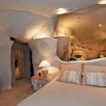 спалня в пещера