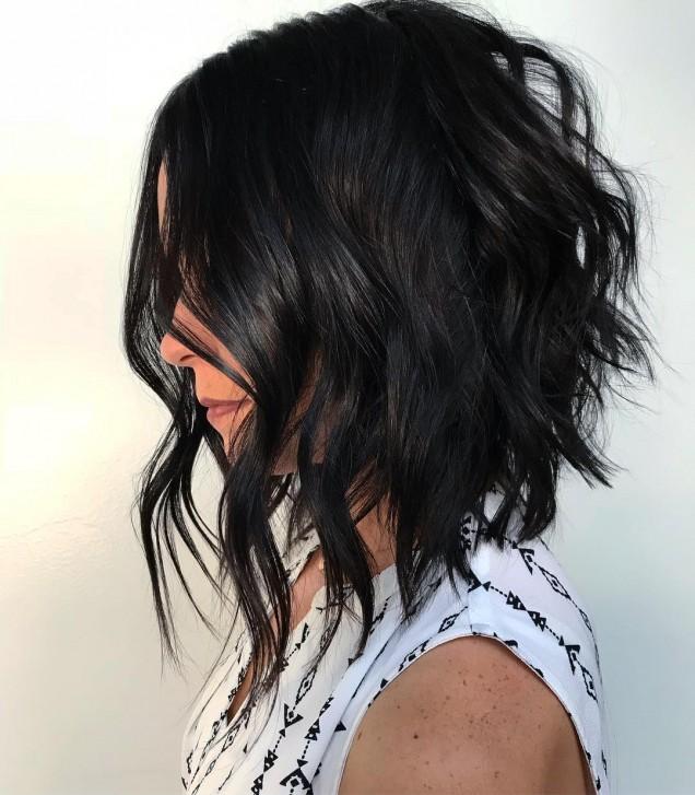 удължен боб чуплива коса