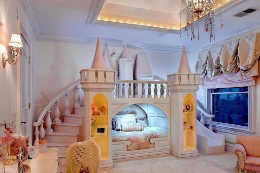 детска стая замък