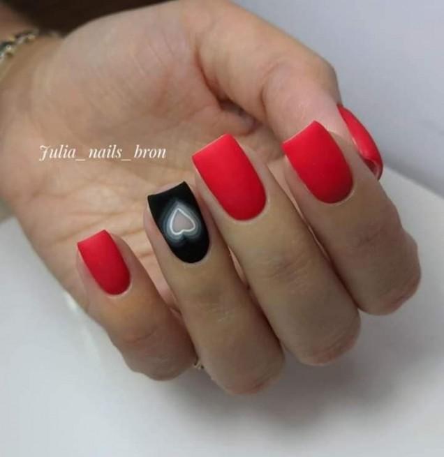 маникюр на къси нокти