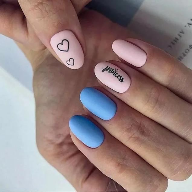 маникюр в розово и синьо