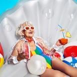 жена на 90 години
