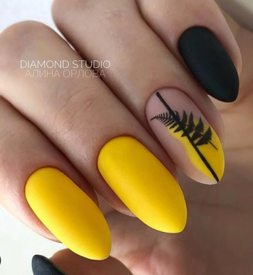 елегантен маникюр в жълто