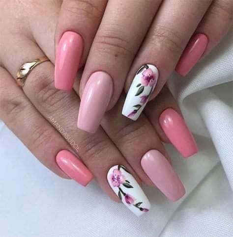 розов с цветя.jpg