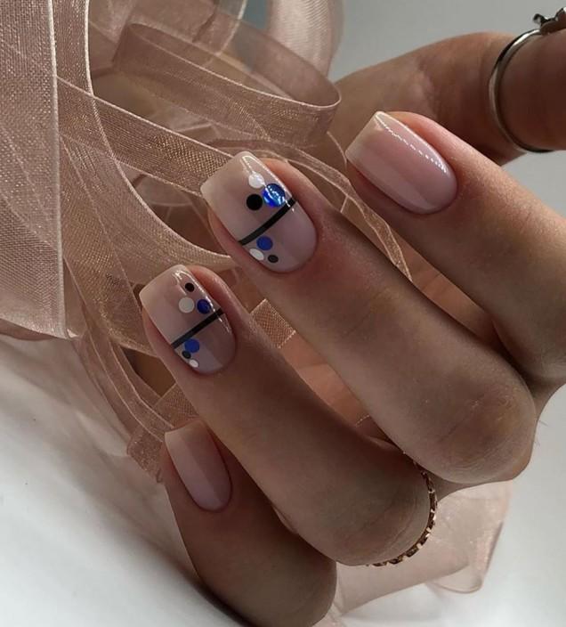 маникюр за средно дълги нокти 2020