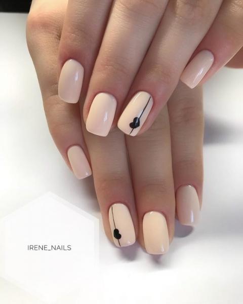 дискрете маникюр къси нокти