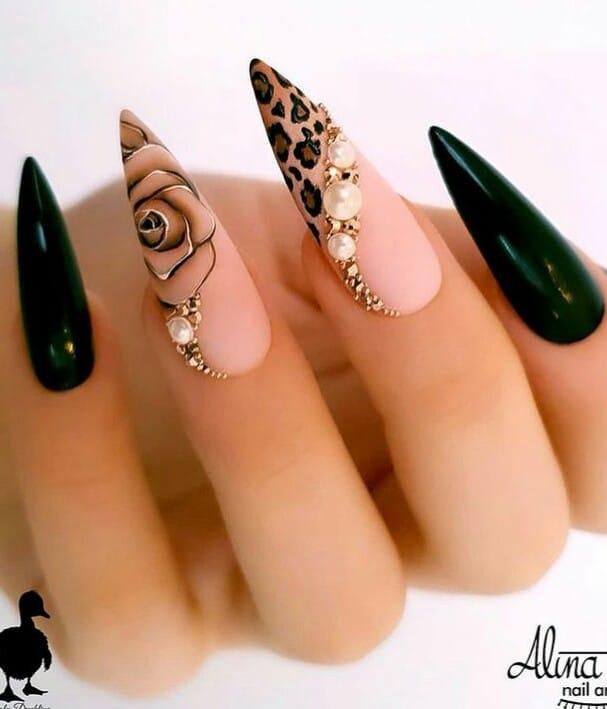 остри екстравагантни нокти