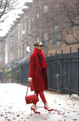 комбинация червено палто с шал