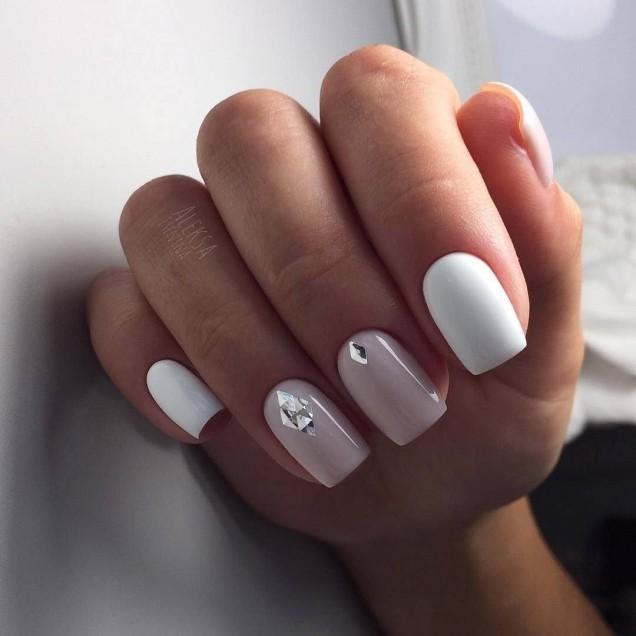 маникюр за тъпи нокти