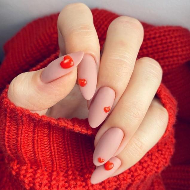 сърчица на ноктите