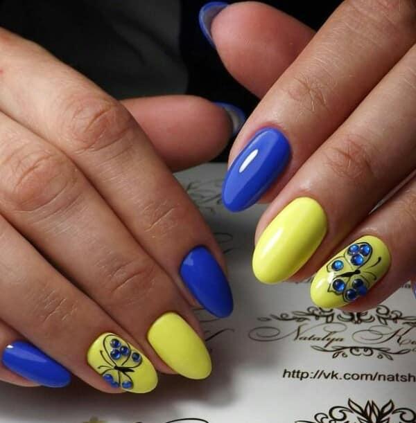 жълт маникюр овал нокти