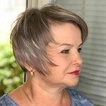 ефектна прическа жени над 60