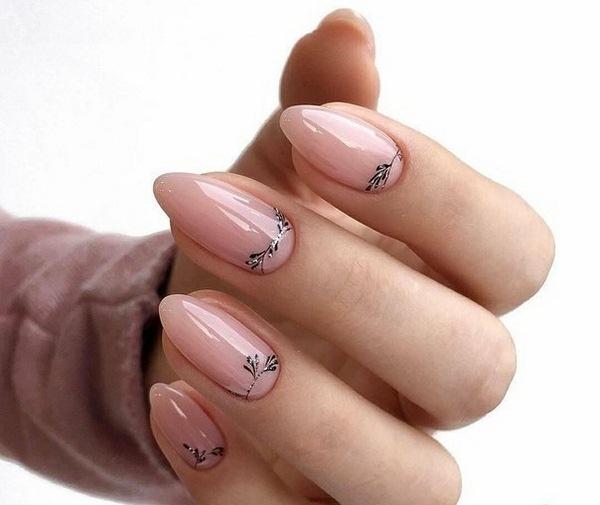 Пролетен нежен дизайн за нокти 2020.jpg