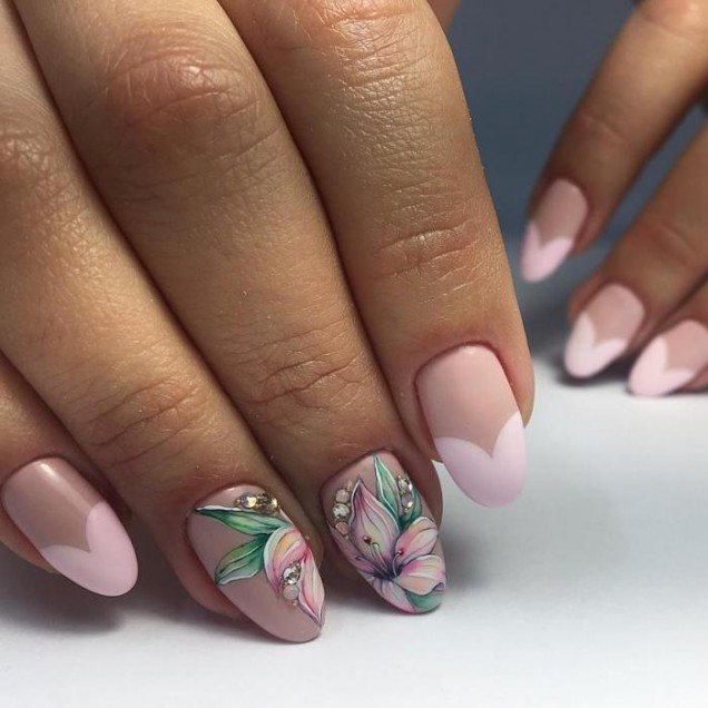 пролетен френч с розово