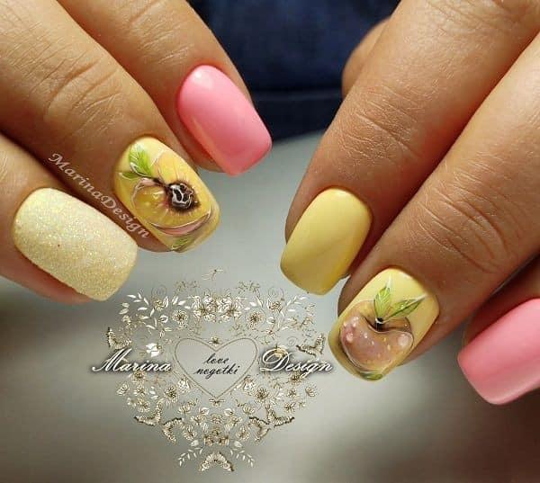 жълто-розов маникюр
