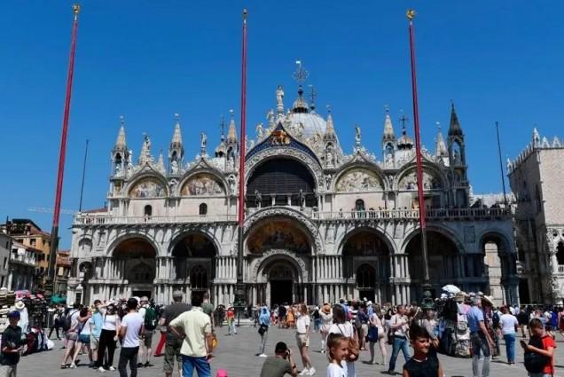катедралата Сан Марко преди коронавируса